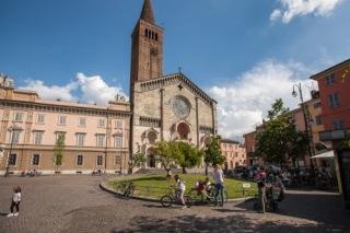 Piazza Duomo2_tagini -1.jpg